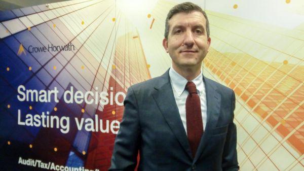 Sectorul de afaceri romanesc infrunta o perioada lipsita de certitudine