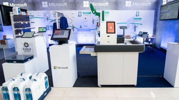 Microsoft Romania democratizeaza inteligenta artificiala in cadrul AI Day si largeste orizontul posibilitatilor pentru furnizorii si utilizatorii de tehnologie din sectorul de afaceri