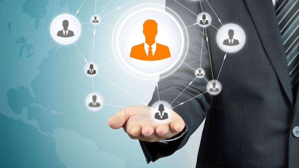 EY anunta trei noi parteneri asociati in cadrul departamentelor de Asistenta Fiscala si Juridica si Asistenta in Afaceri